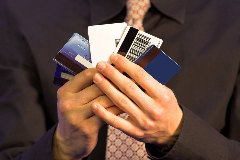 ways to manage credit cards