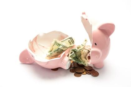 Broken piggy bank | First Alliance Credit Union