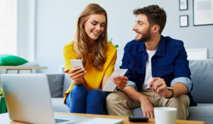 Couple talking | First Alliance Credit Union