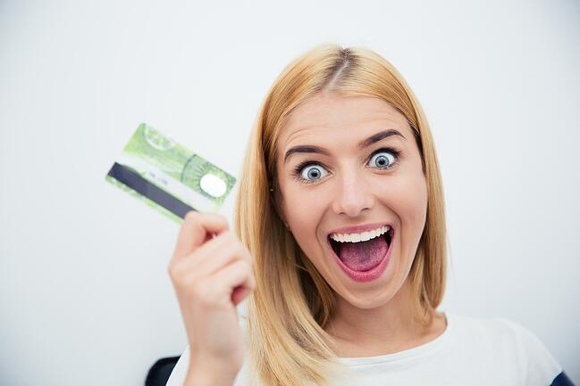 Advantages and Disadvantages of Teens Having a Credit Card | Pros and Cons of Teen with Credit Card | First Alliance Credit Union MN