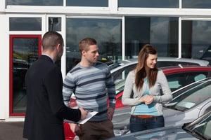 Couple & car salesman | First Alliance Credit Union