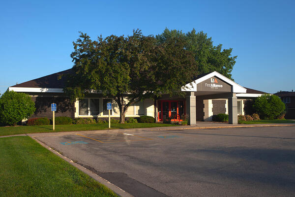 501 16th St SE Rochester Branch - Front View