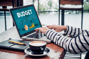 laptop budget | First Alliance Credit Union