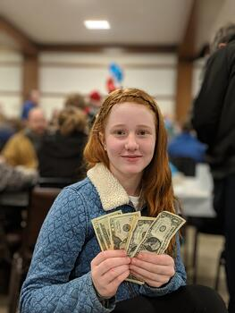 teen and money   First Alliance Credit Union