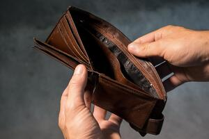 empty wallet | First Alliance Credit Union